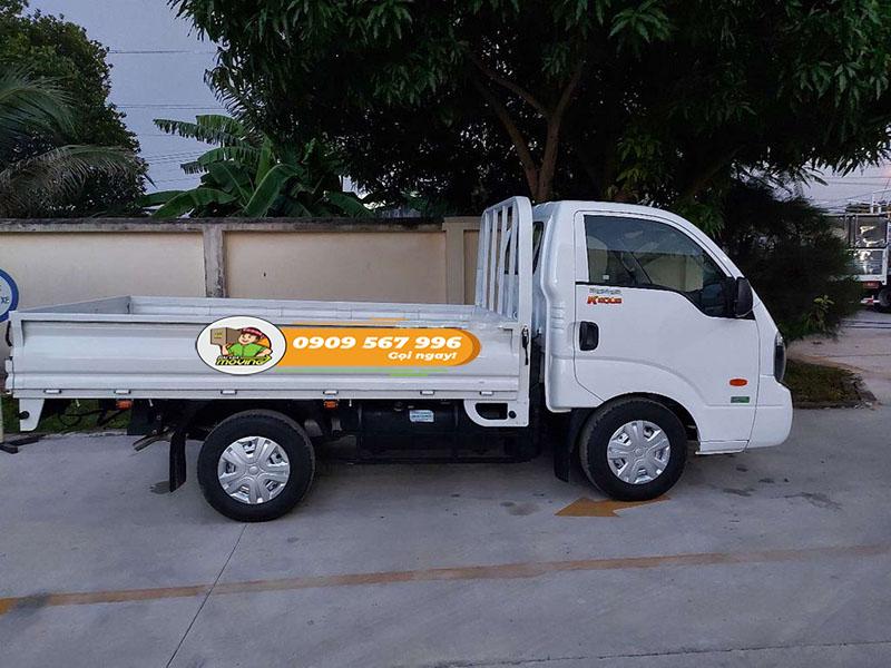 Xe tải 1 tấn chui hầm