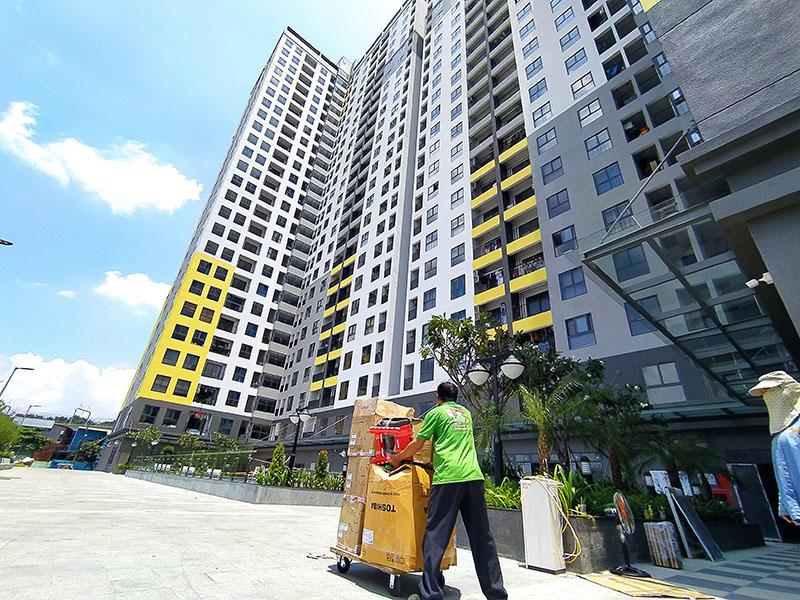 chuyển nhà chung cư Bcoins Miền Đông